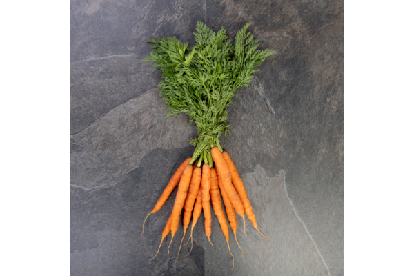 Bunched Carrots (350g) - 02