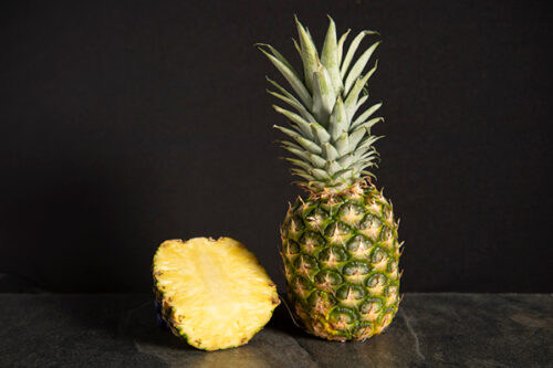 Medium Pineapple (single) - 01