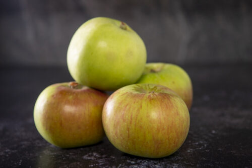 British Bramley Apples (4) - 01