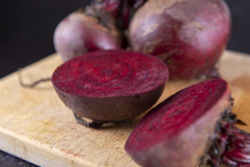 Bunched Beetroot 500g - Mudwalls Farm - 44 Foods - 01